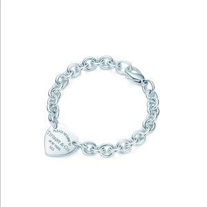 Tiffany & Co. Jewelry - Return to Tiffany heart bracelet